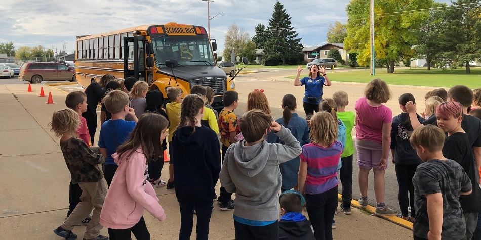 WES Students learn about Bus Safety
